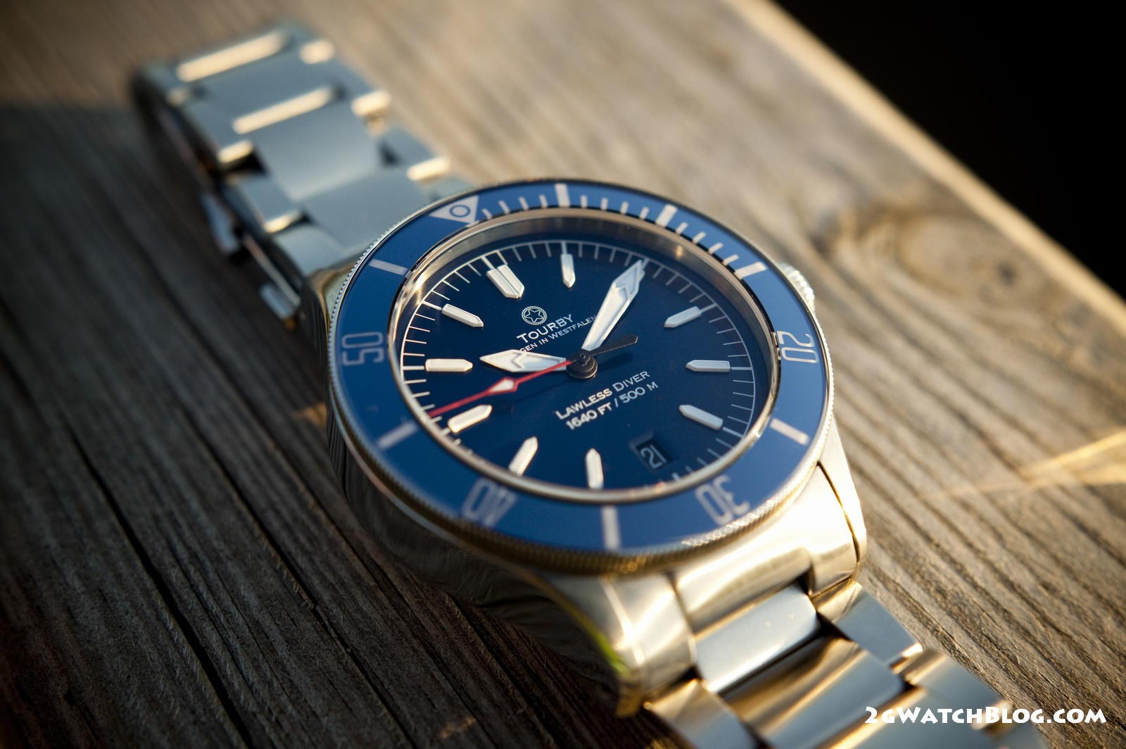 Tourby Lawless Dark Blue 42mm – review