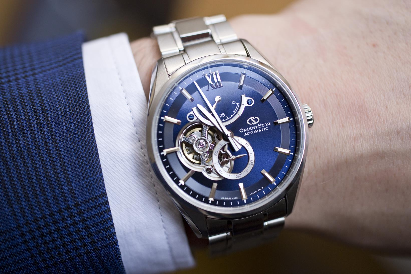 Orient Star Slim Skeleton RK-HJ0002L – review and comparison with cheaper Modern Skeleton models